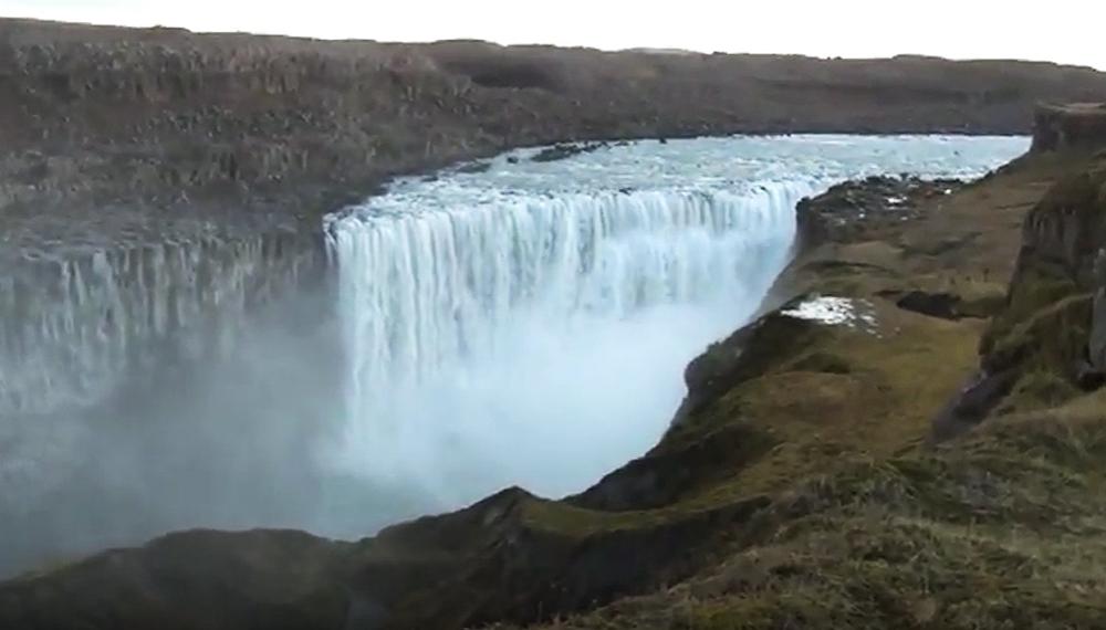 cascada más caudalosa agua islandia dettifoss