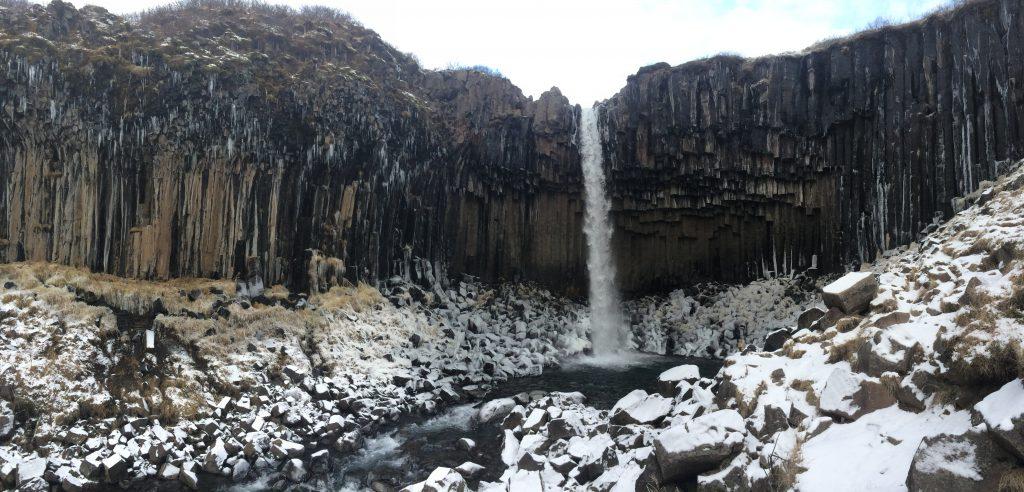 cascada islandia catarata svartifoss