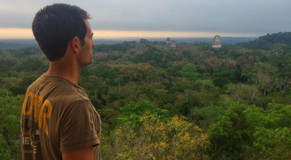 amanecer tikal guatemala
