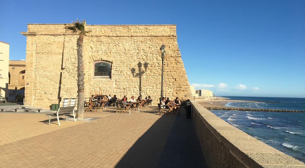 El Pelícano Músicafé de Cádiz